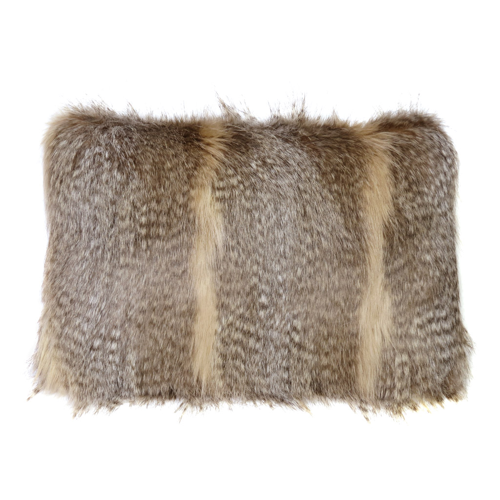 SIBERIAN WOLD | FAUX FUR | RECTANGULAR CUSHION