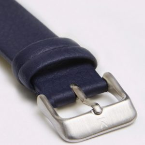 NAVY WITH BRUSHED SILVER BUCKLE | 18MM | VOTCH