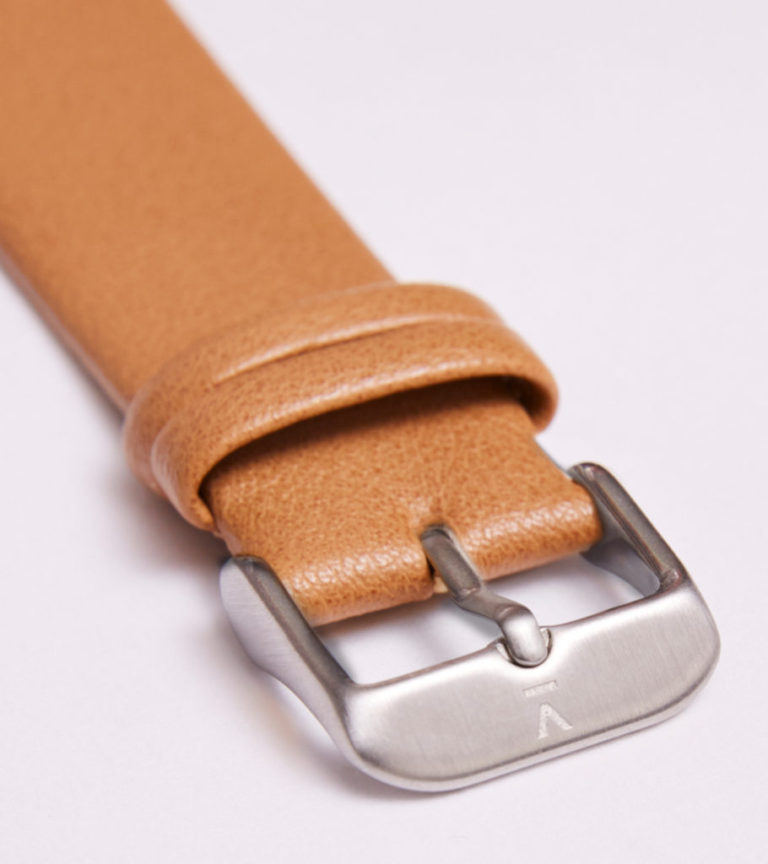 TAN WITH BRUSHED SILVER BUCKLE   20MM   VOTCH