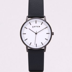 THE BLACK & WHITE FACE WITH BLACK STRAP | VOTCH