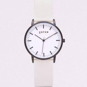 THE BLACK & WHITE FACE WITH OFF WHITE STRAP | VOTCH
