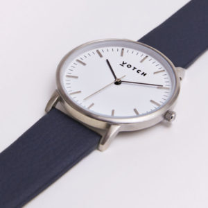 THE SILVER FACE WITH NAVY STRAP | VOTCH