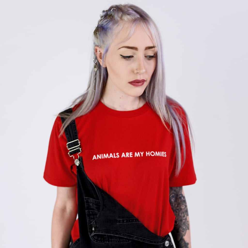 ANIMALS ARE MY HOMIES | UNISEX T-SHIRT