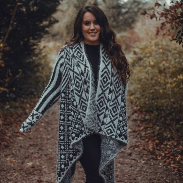 Black & White Patterned Pullover